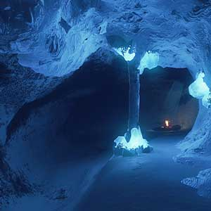 Kona Snowy Cave