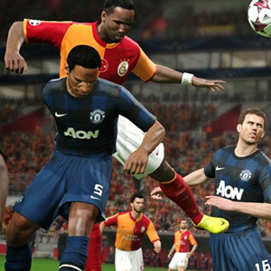 Pro Evolution Soccer 2015 - Goalkeeper Screenshot